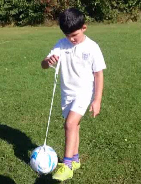 keepy uppy skills trainer junior model
